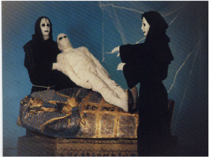 mummie act