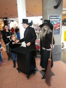 Halloween acts